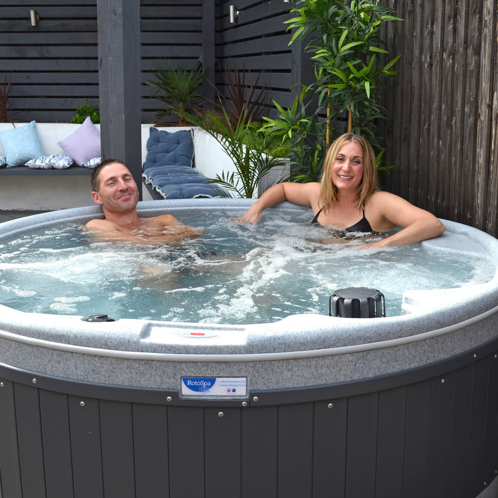 orbis-5-person-hot-tub-birmingham