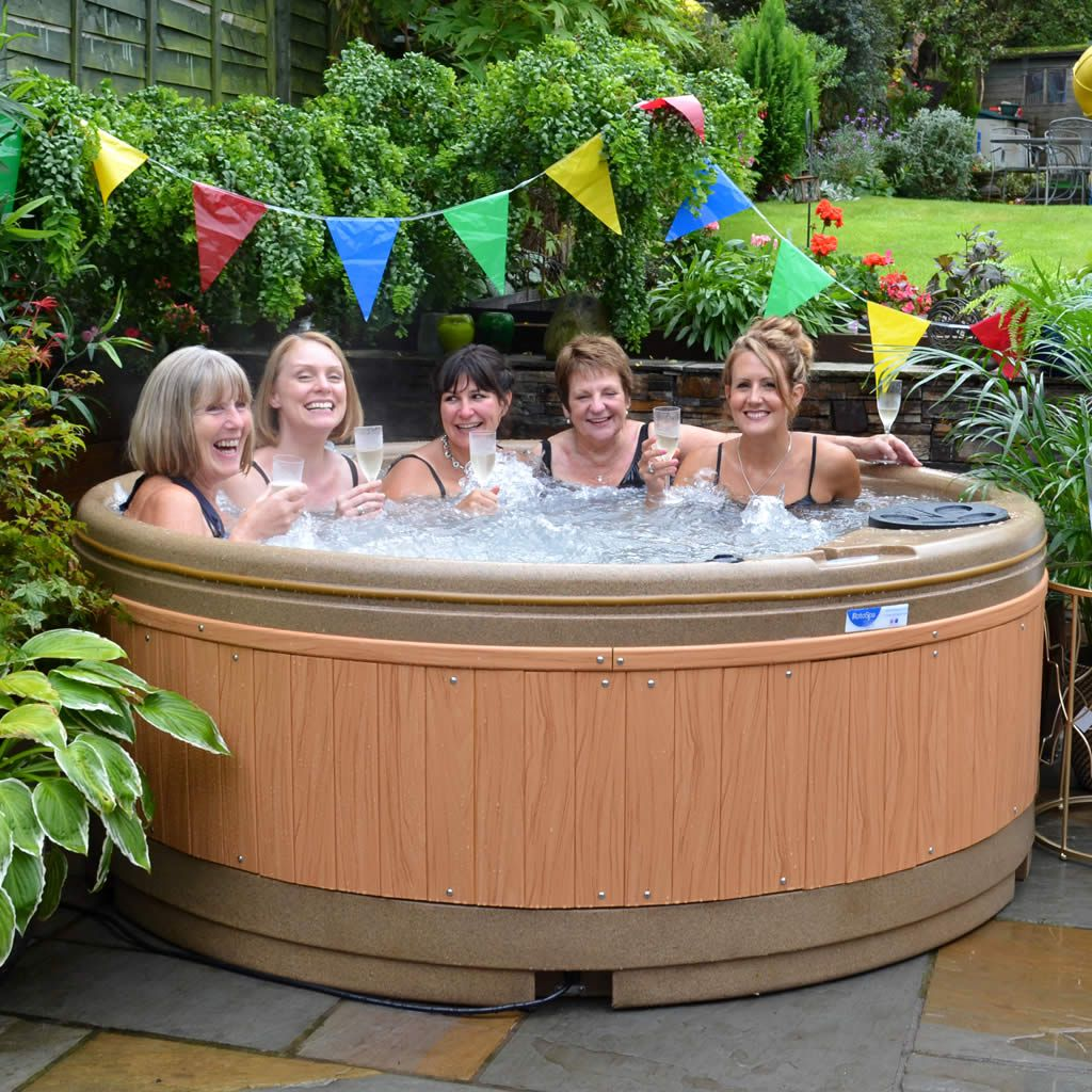 quatro-7-person-hot-tub-birmingham